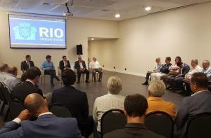 Empresários se reúnem com o prefeito Marcelo Crivella.