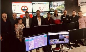 Presidente da Acija e órgãos de Segurança Pública visitam Central de Monitoramento.